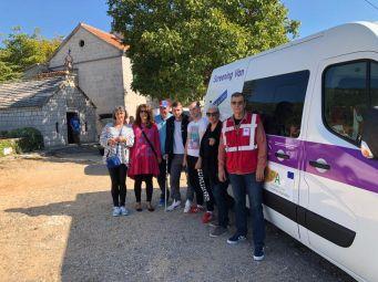 Mobilni InfoHep Centar posjetio Zajednicu Susret