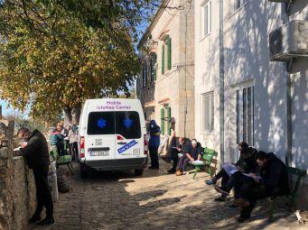 Mobilni InfoHep Centar u zajednici Susret povodom Mjeseca borbe protiv ovisnosti